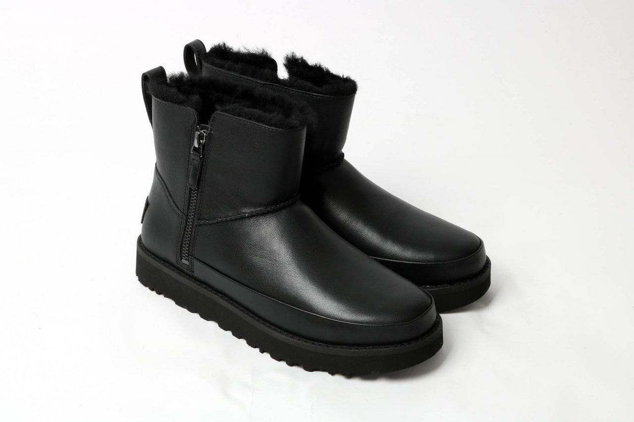 UGG Boots ZipMini schwarz
