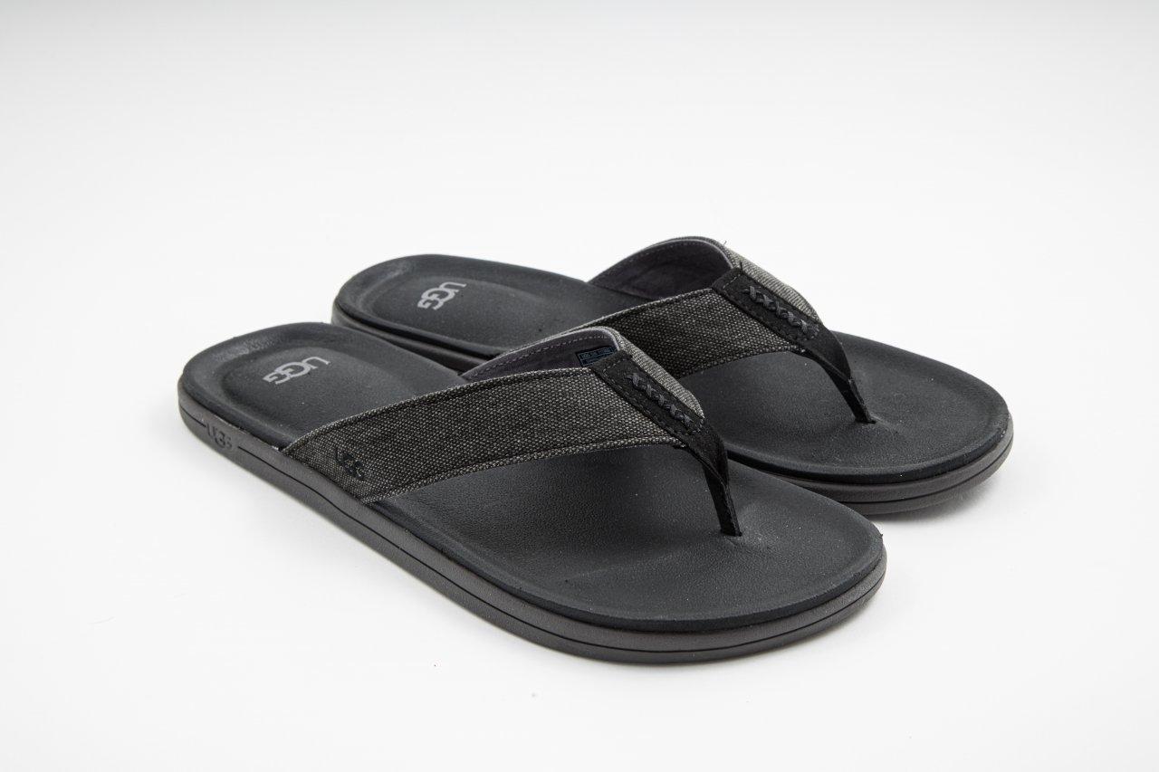 UGG Pantolette Westport Flip schwarz