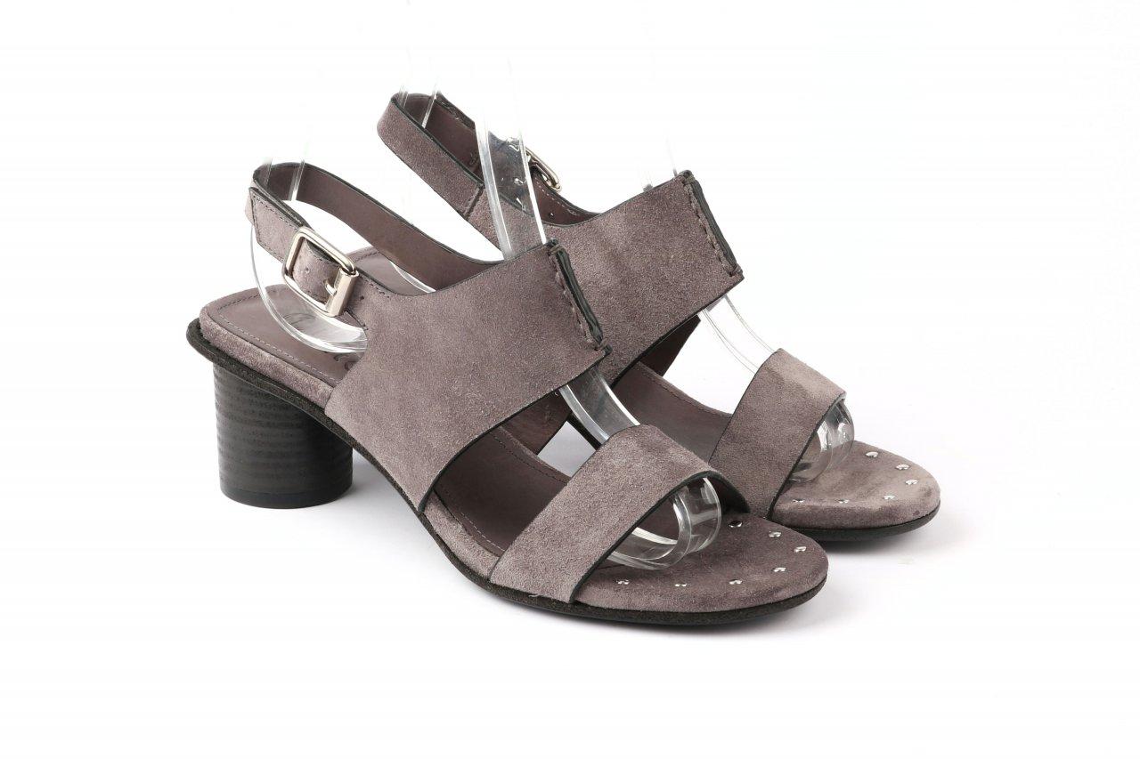 INTERNO1 Sandaletten grau