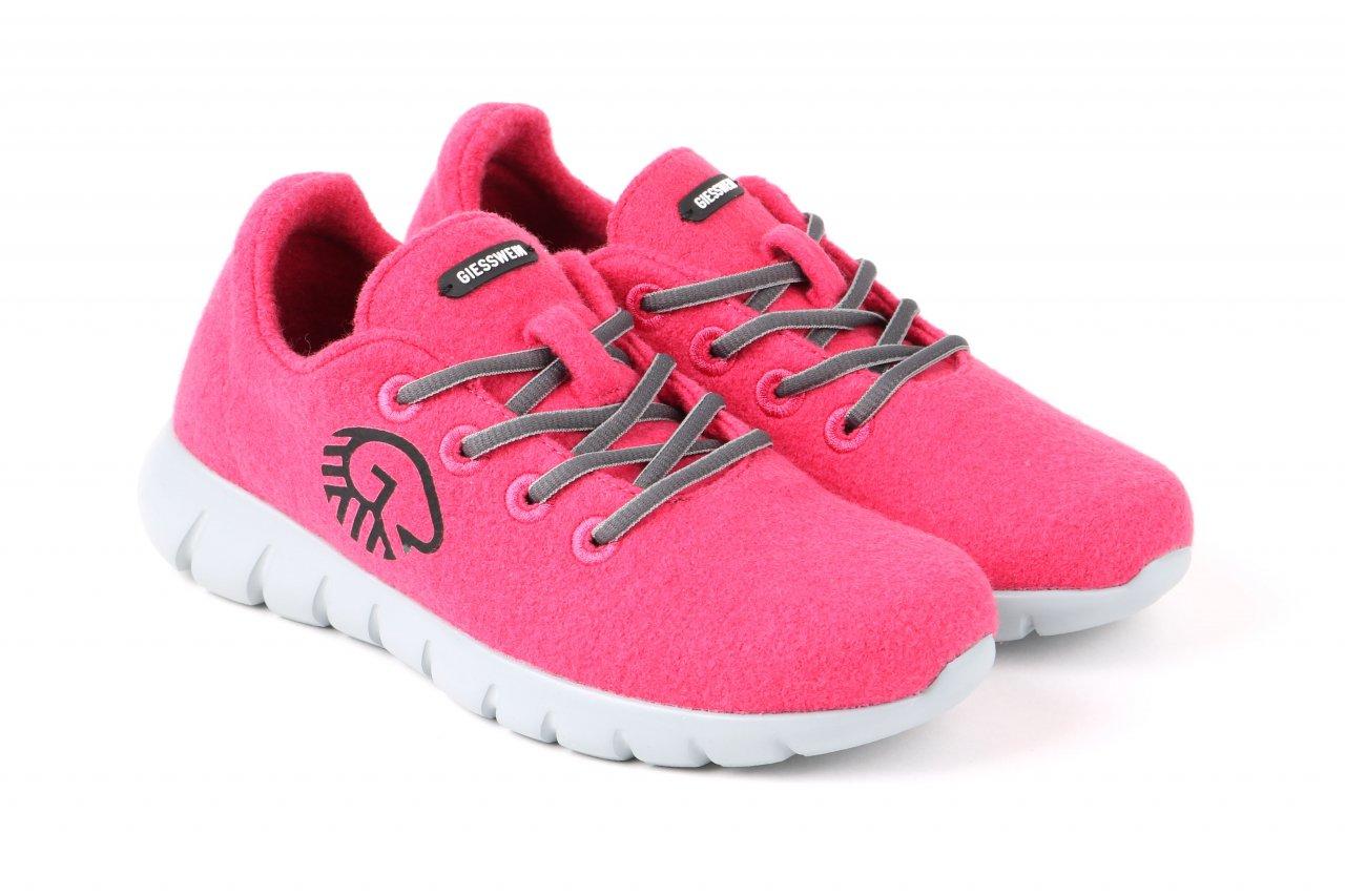 "Giesswein Sneakers ""Merino Wool Runner"" robin rot"