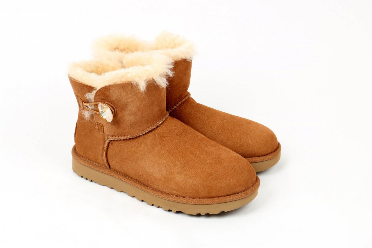 "UGG Boots ""Mini Bailey Button Bling"" chestnut"