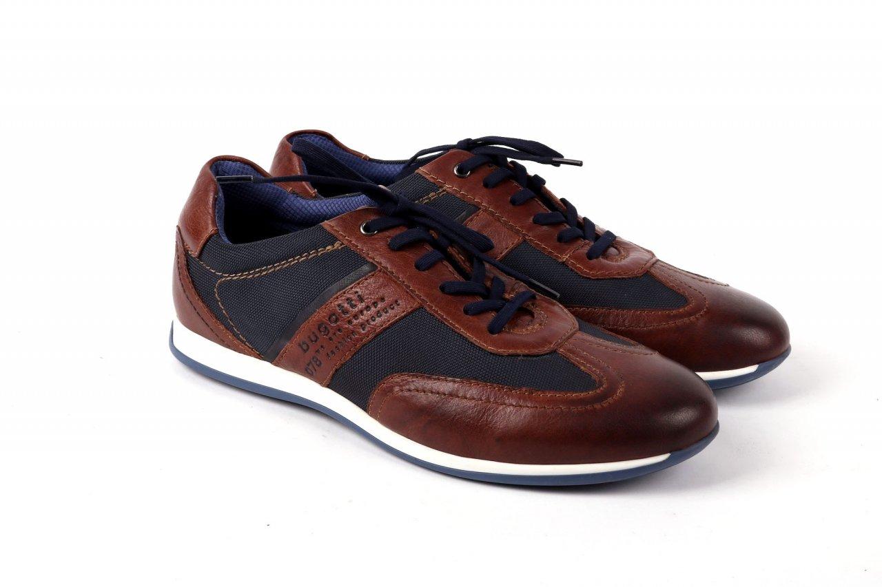 """Bugatti Sneakers """"Tomeo"""" braun"""
