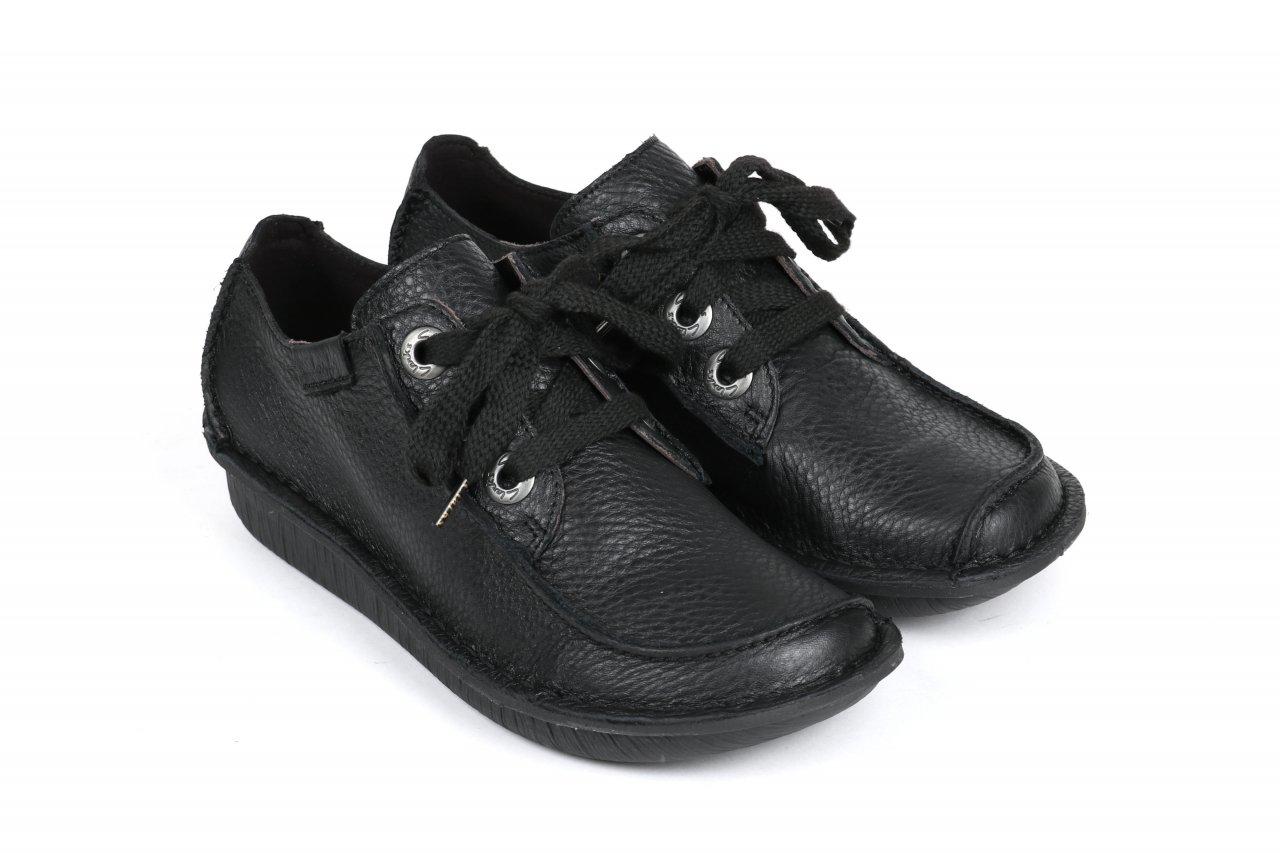 Clarks Schnürschuhe schwarz
