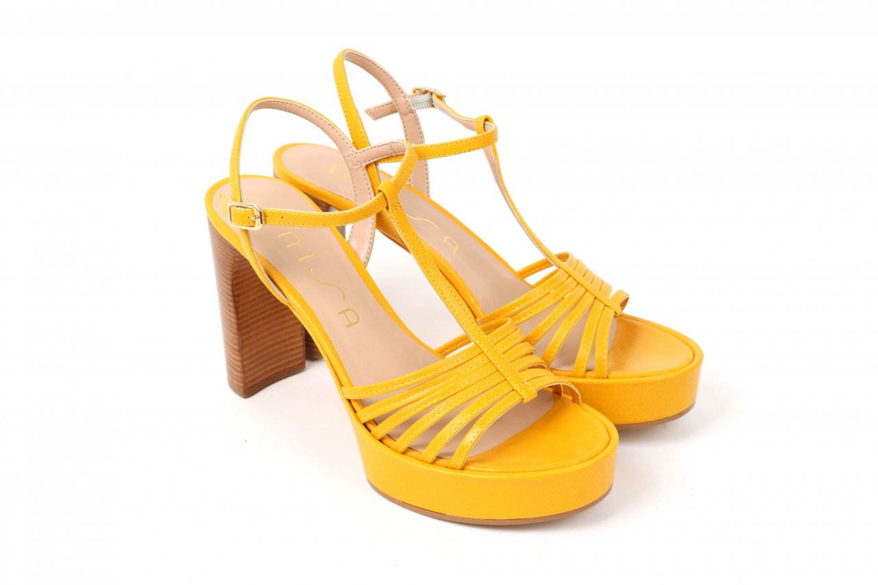 Unisa Sandaletten gelb
